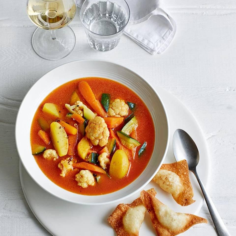 Safran-Gemüse-Eintopf mit Wan Tan  Rezept