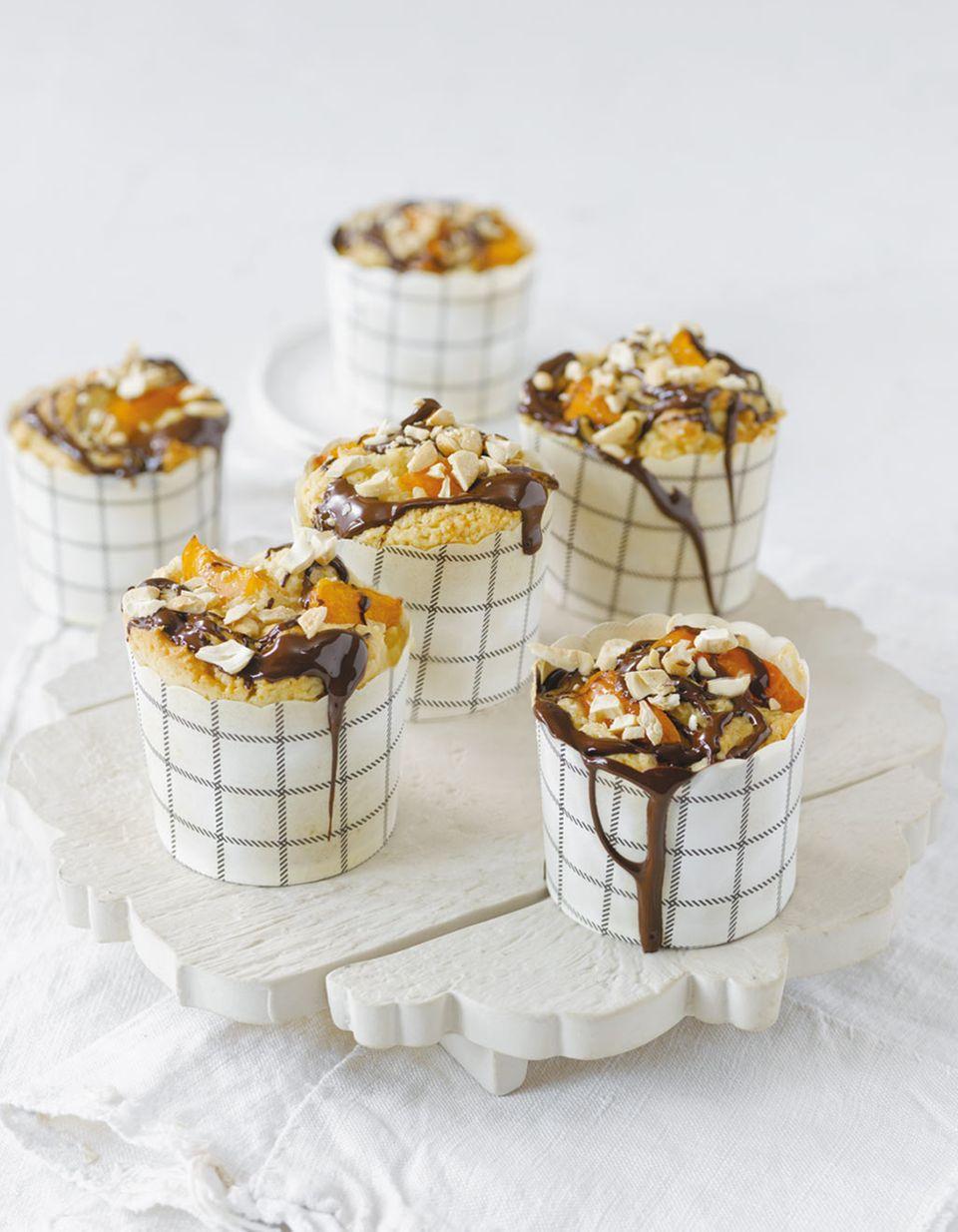 Selbstgemachte Aprikosen-Muffins sind der Hit auf jeder Kaffeetafel