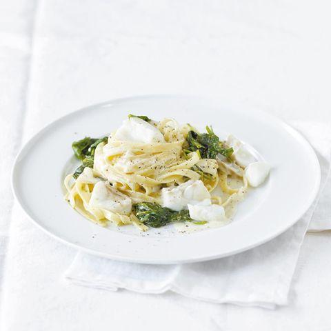 Spinat-Zitronen-Pasta mit Fisch