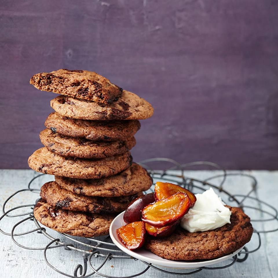 Schoko-Cookies mit Zwetschgenkompott  Rezept
