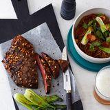 Flank steak mit Gemüse und Asia-Nudeln