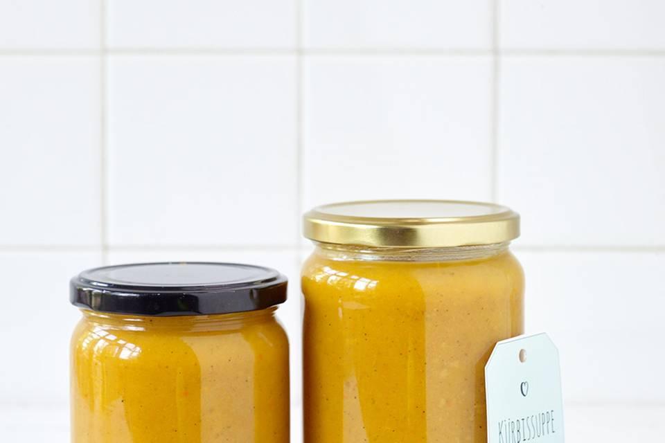 Kürbis-Curry-Suppe  Rezept