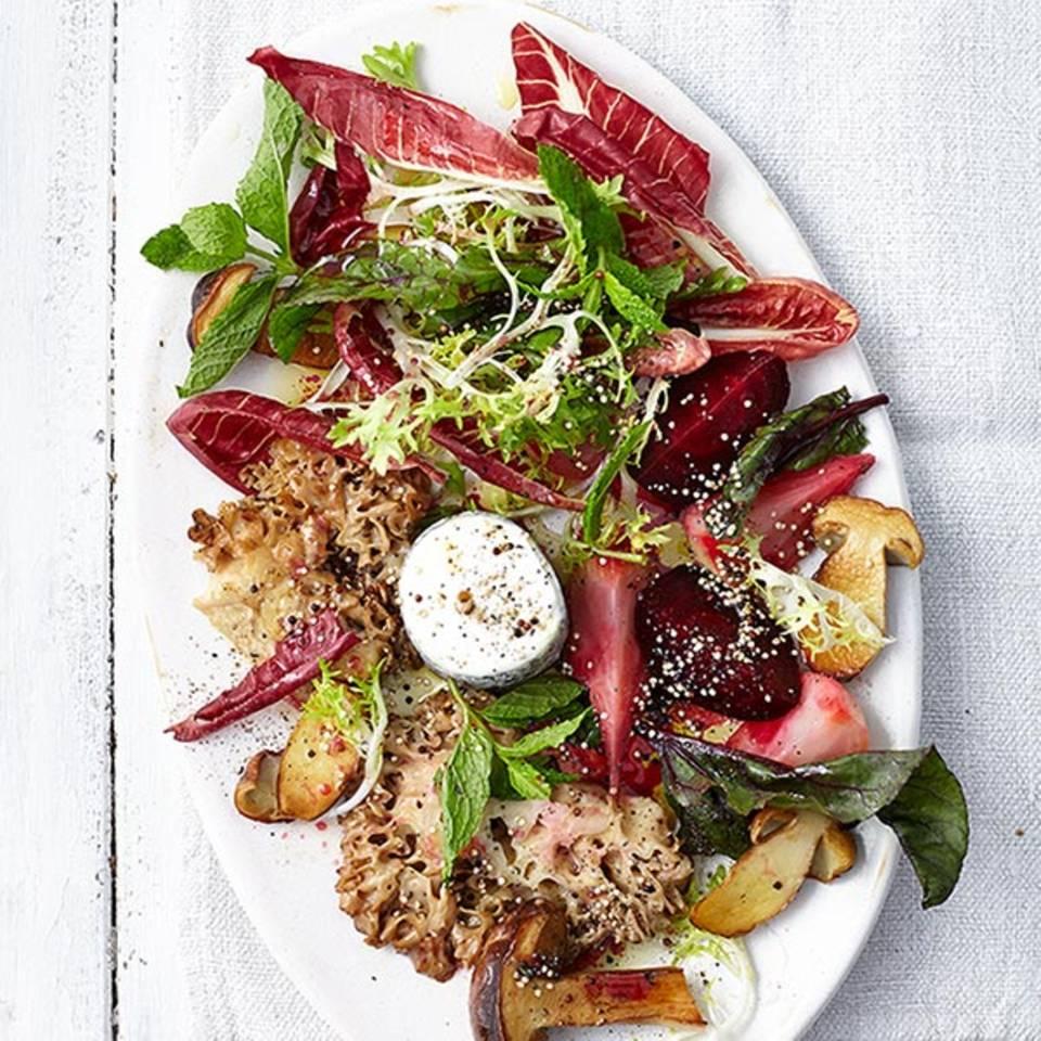 Bete-Salat mit Krauser Glucke  Rezept