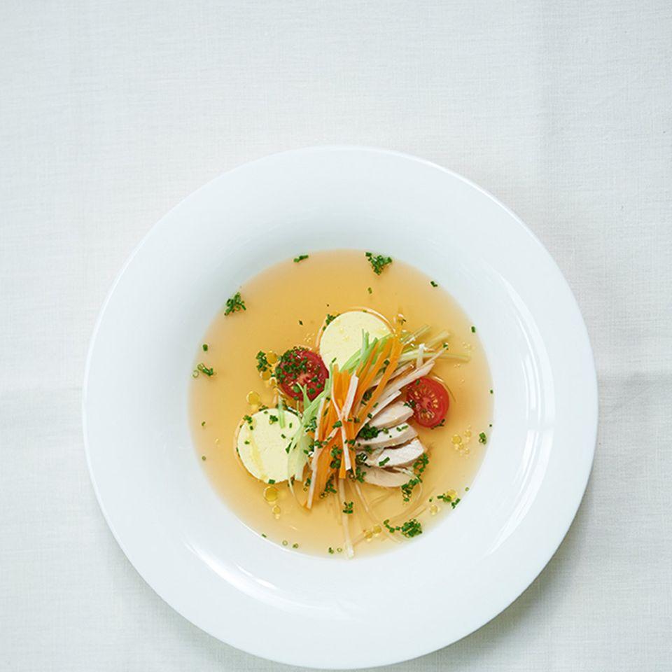Hühnersuppe mit Einlagen