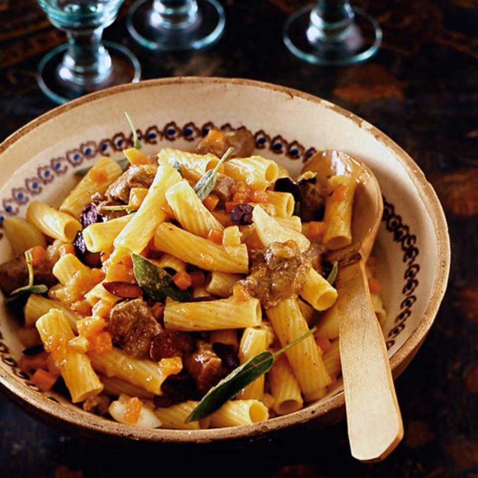 Tortiglioni mit Lammragout Rezept