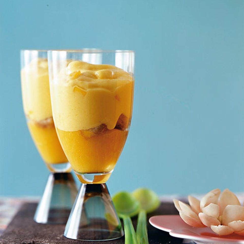 Mango-Mousse auf Mangopüree