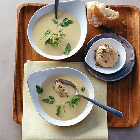 Thunfisch-Mousse mit Kartoffel-Porree-Suppe