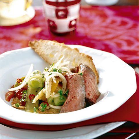 Scharfer Rindfleisch-Gemüse-Salat