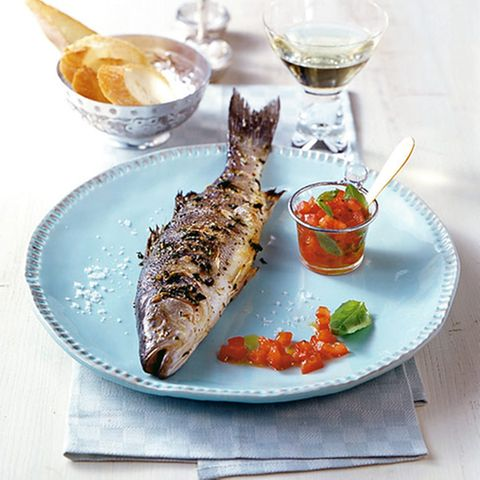 Loup de Mer mit Tomaten-Aprikosen-Salsa