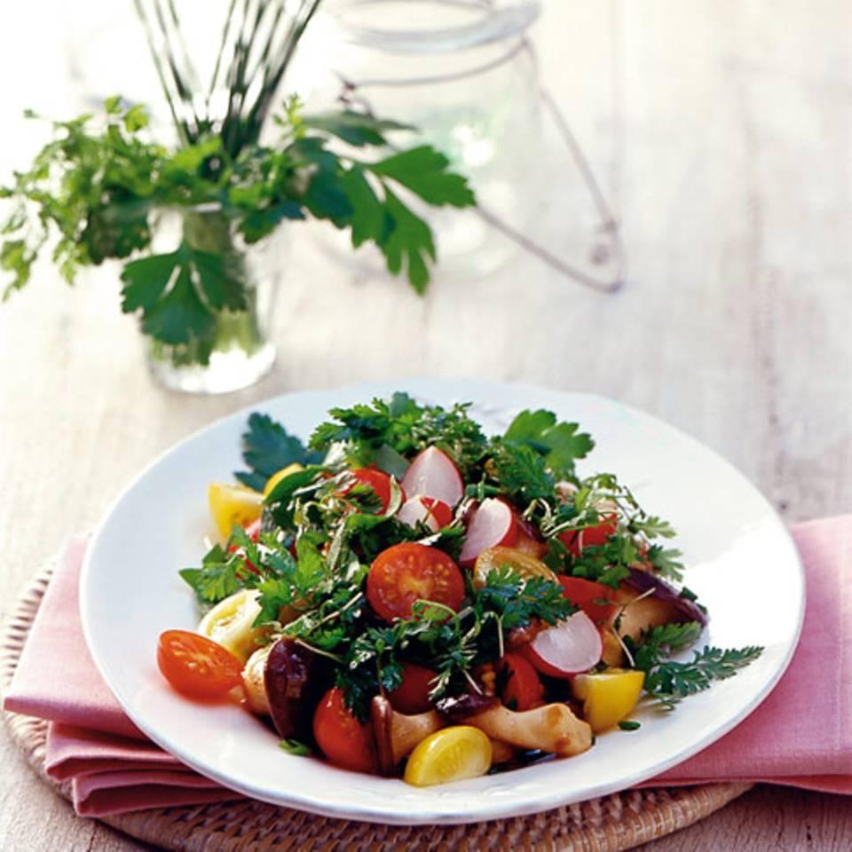 Kräutersalat mit Pilzen Rezept