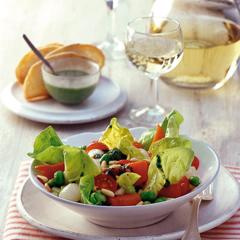 Dicke-Bohnen-Salat mit Staudensellerie