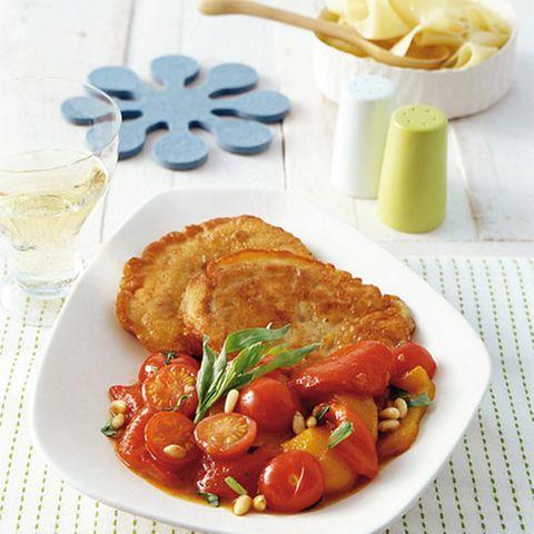 Piccata mit Paprika-Tomaten-Gemüse