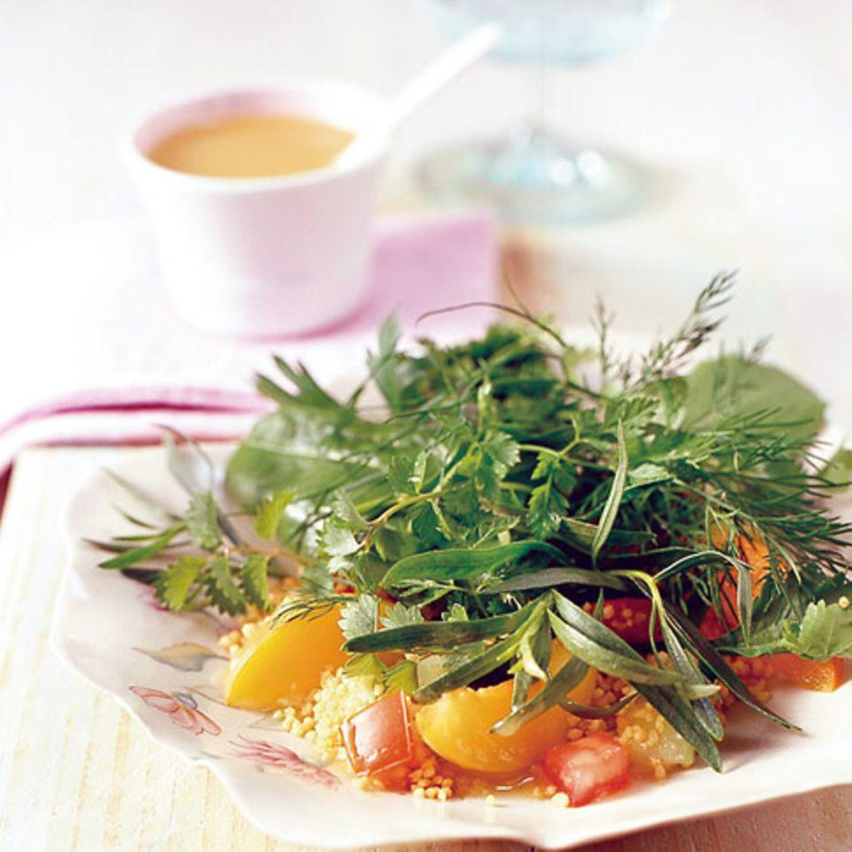Kräutersalat mit Couscous