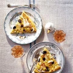 Zwiebel-Porree-Kuchen mit Lardo