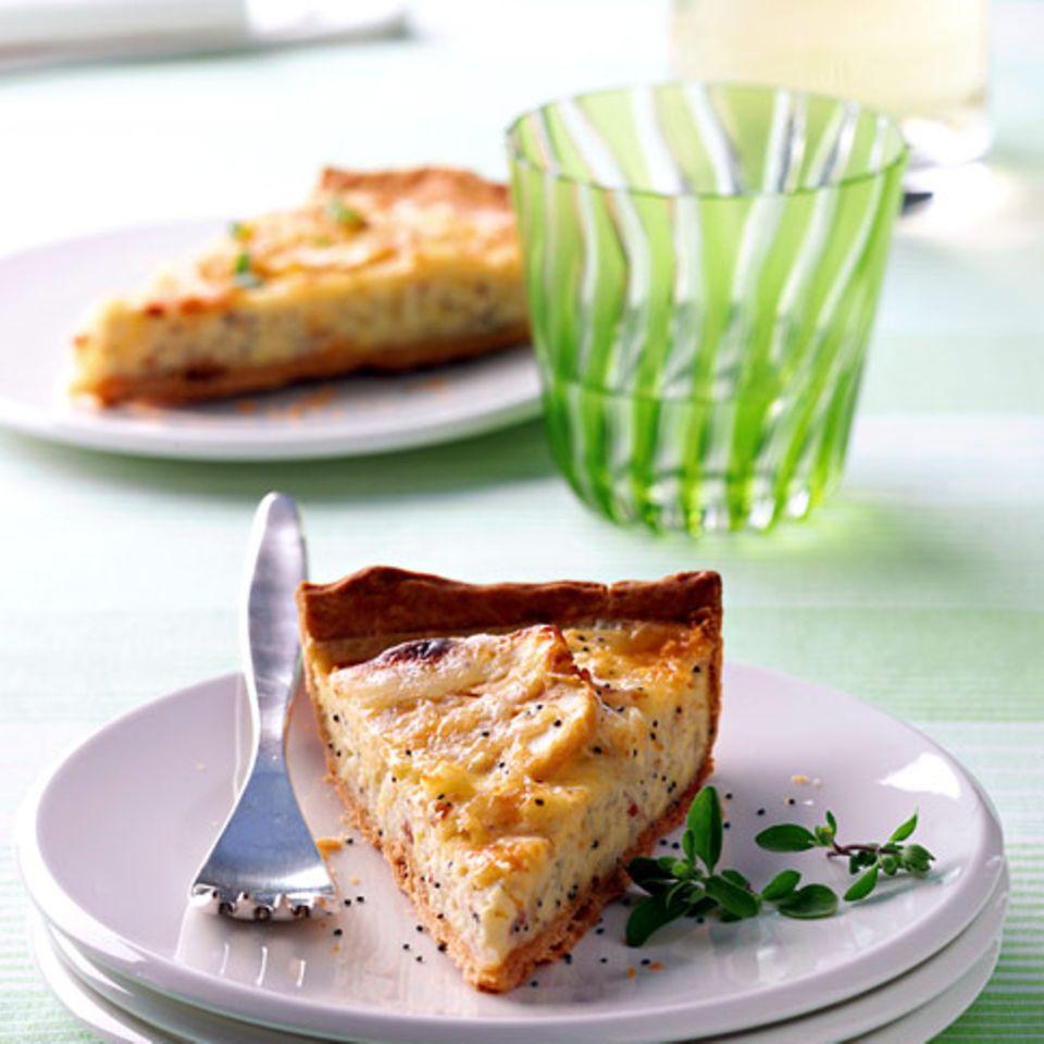 Zwiebel-Apfel-Quiche mit Mohn