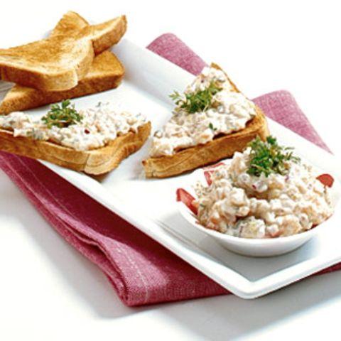 Lachs-Remoulade auf Toast