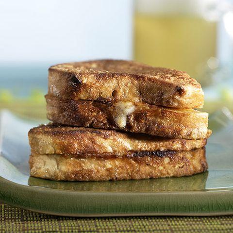 Gebackenes Mozzarella-Sandwich