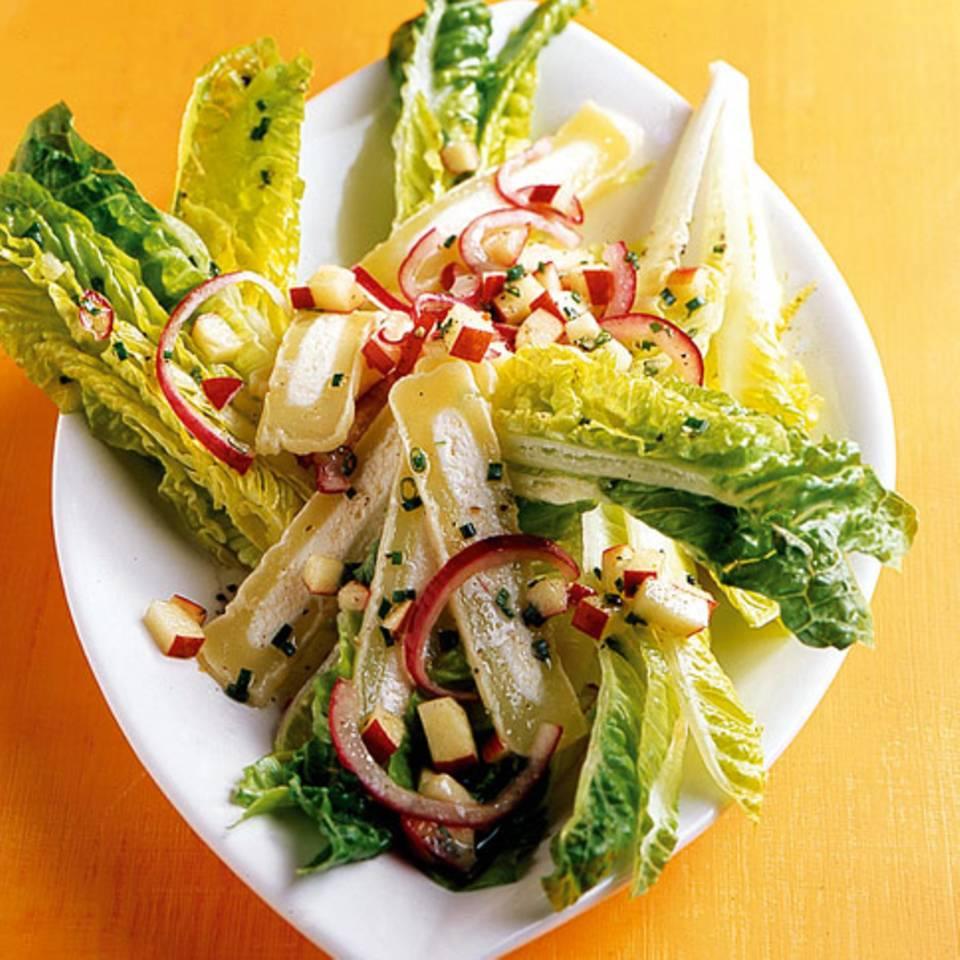 Handkäs-Salat mit Apfelvinaigrette Rezept