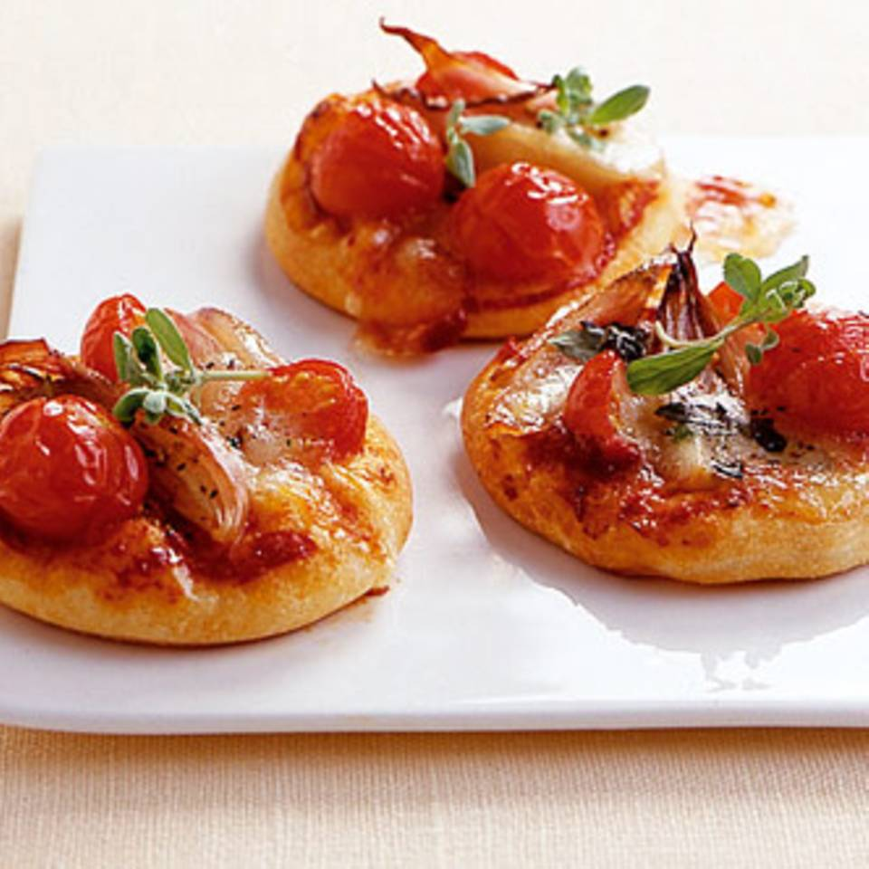 Tomaten-Minipizzen Rezept