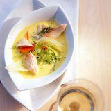 Fischsuppe mit Fenchel und Möhren