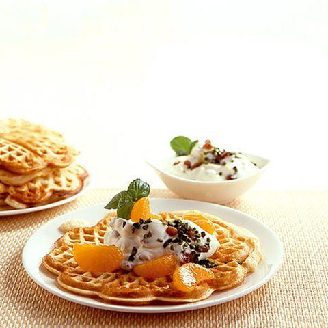 Honig-Zitronen-Frischkäse mit Waffeln