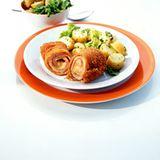 Cordon-bleu-Rouladen mit Pellkartoffelsalat