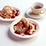 Quarkpuffer mit Kirschen