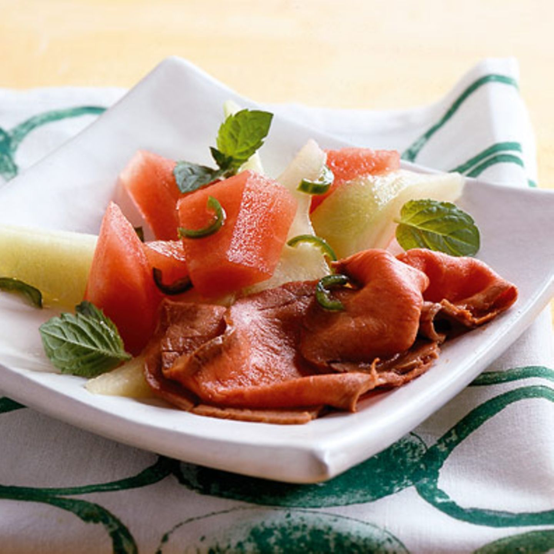 Melonensalat mit Roastbeef