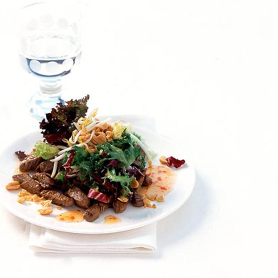 Asia-Salat mit Rinderfilet Rezept