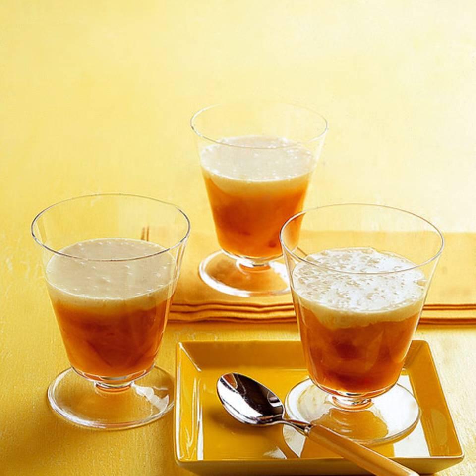 Chili-Pfirsichkompott mit Vanillesauce Rezept