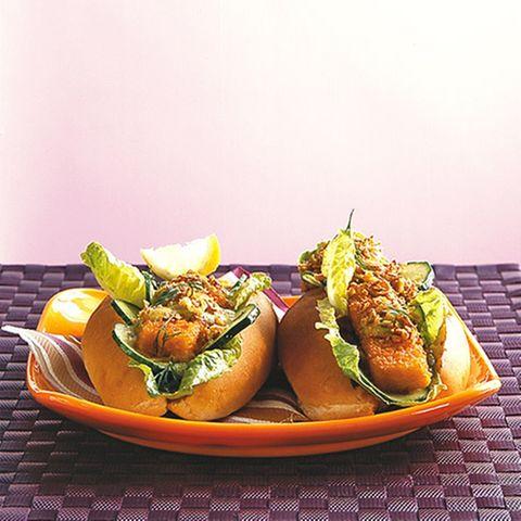 Fischstäbchen-Hotdog