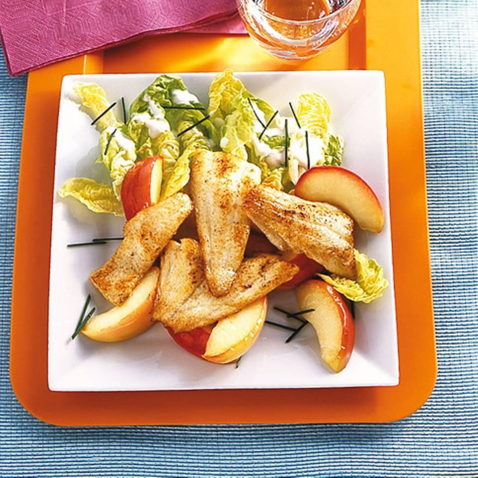 Schollenfilet mit Apfelspalten Rezept