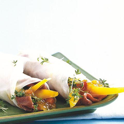 Reispapier-Röllchen mit Roastbeef