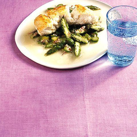 Lengfisch mit Spargelsalat