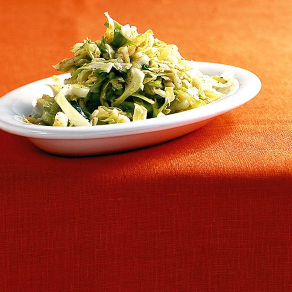 Schneller Spitzkohlsalat