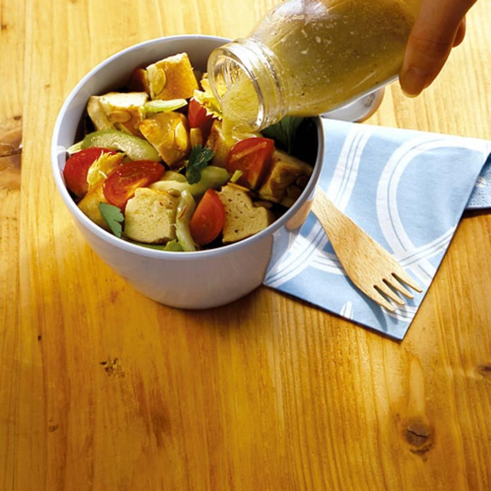 Laugenstangen-Salat Rezept