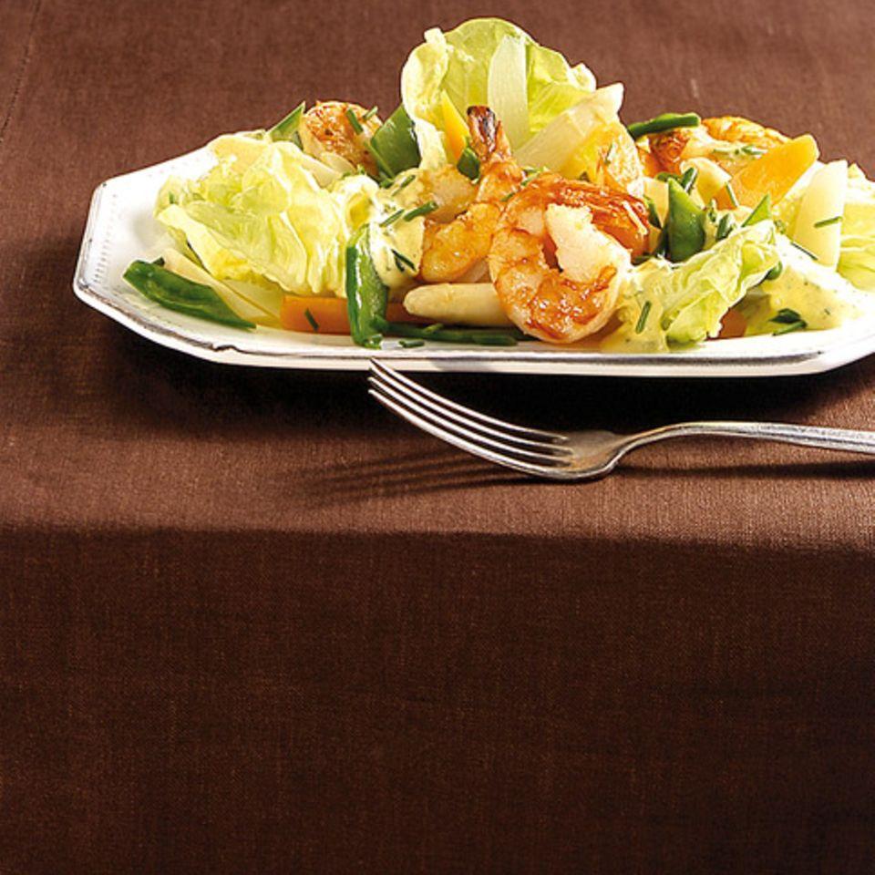Frühlingssalat mit Garnelen