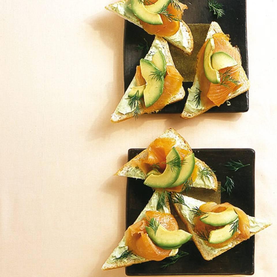 Avocado-Sandwich mit Räucherlachs Rezept