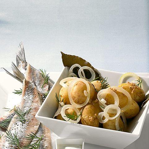 Kartoffeln in Dillsud gegart