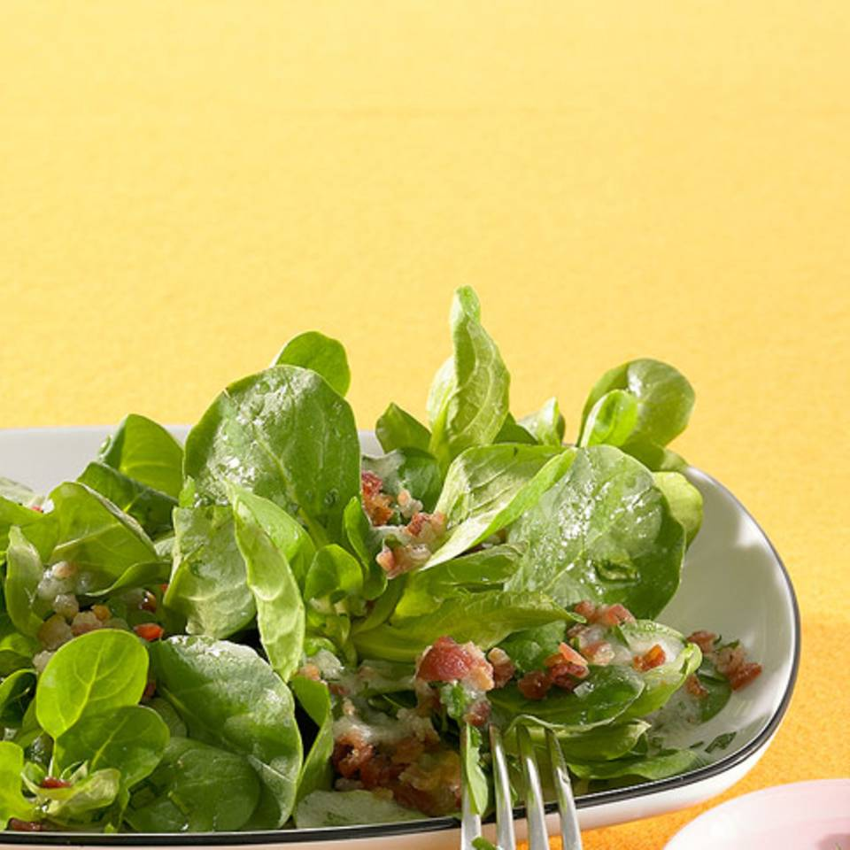 Feldsalat mit Speck Rezept