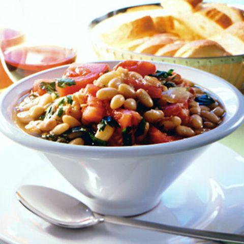Palbohnen-Suppe mit Tomaten