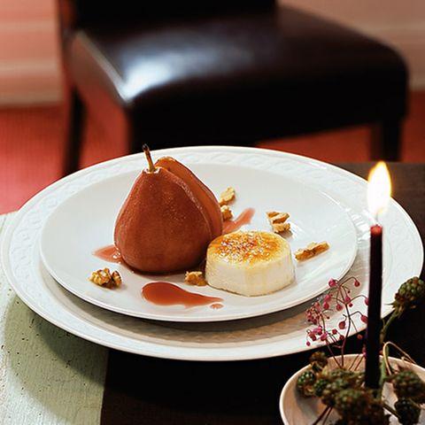 Cassis-Birnen mit karamellisiertem Picandou