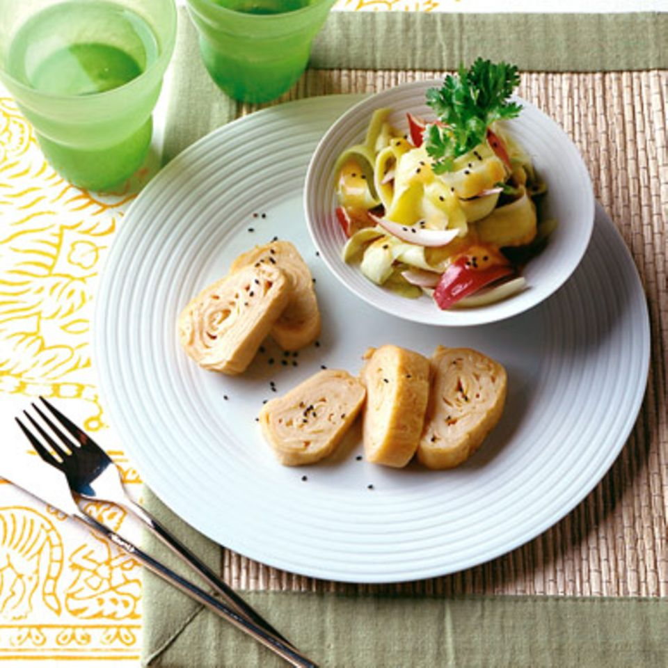 Asia-Omelett mit Mangosalat
