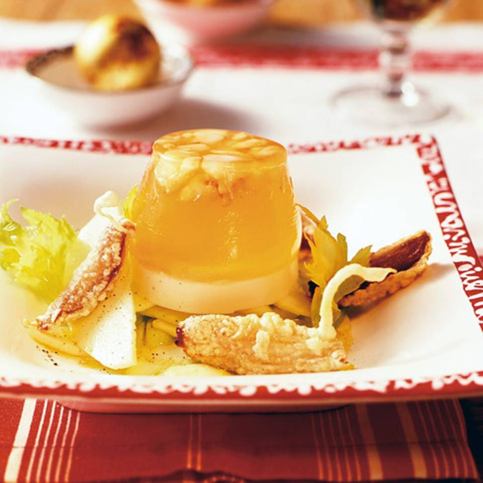 Apfel-Sellerie-Salat mit gebackenen Datteln Rezept