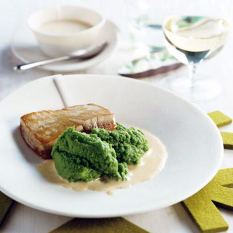 Thunfisch mit Erbspüree und Vanillesauce