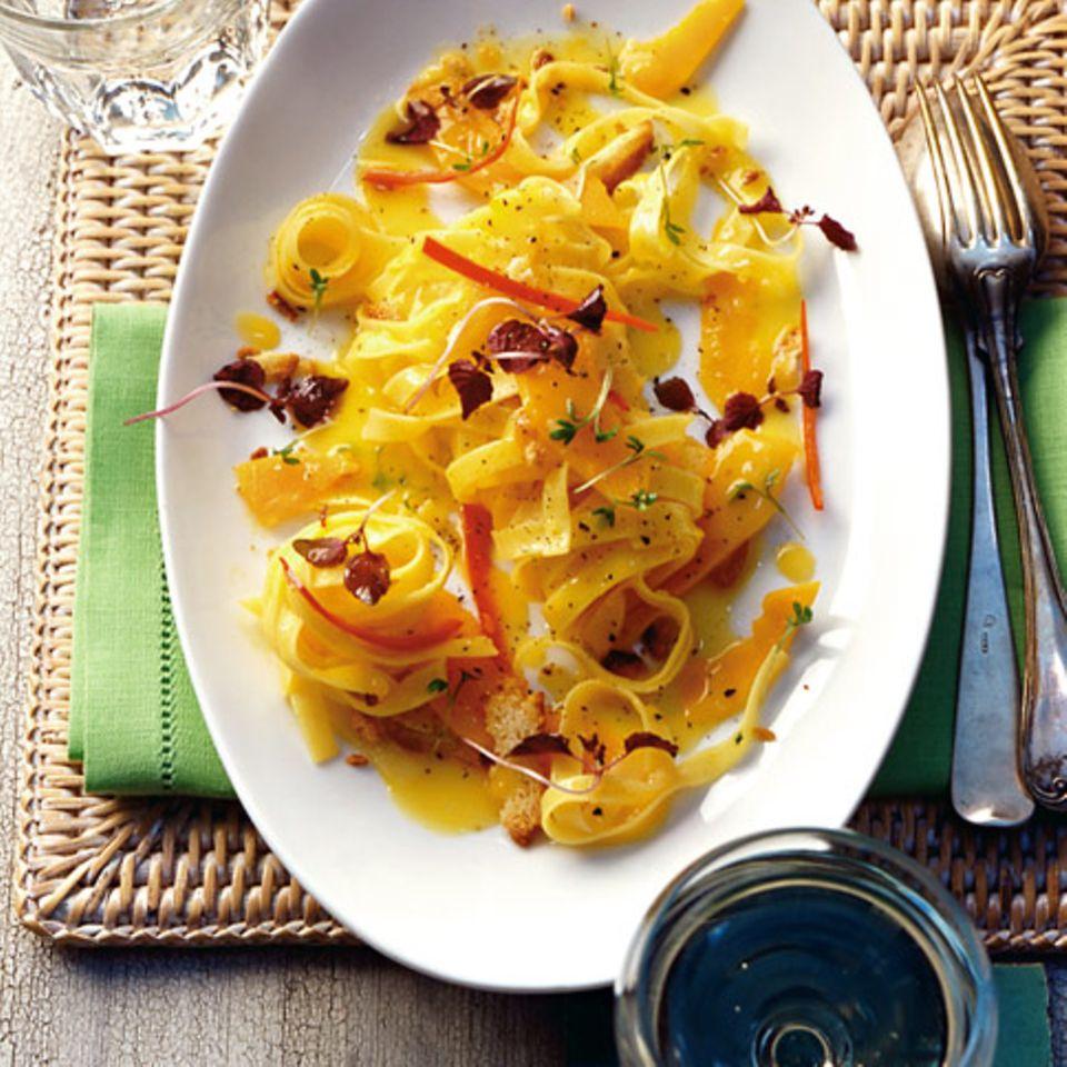 Pasta mit Kürbis und Amarettini