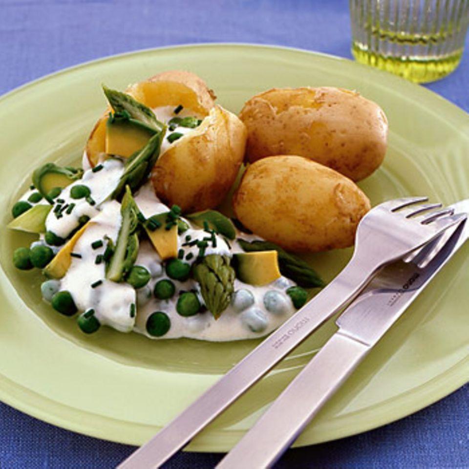 Pellkartoffeln mit Gemüse-Mayonnaise