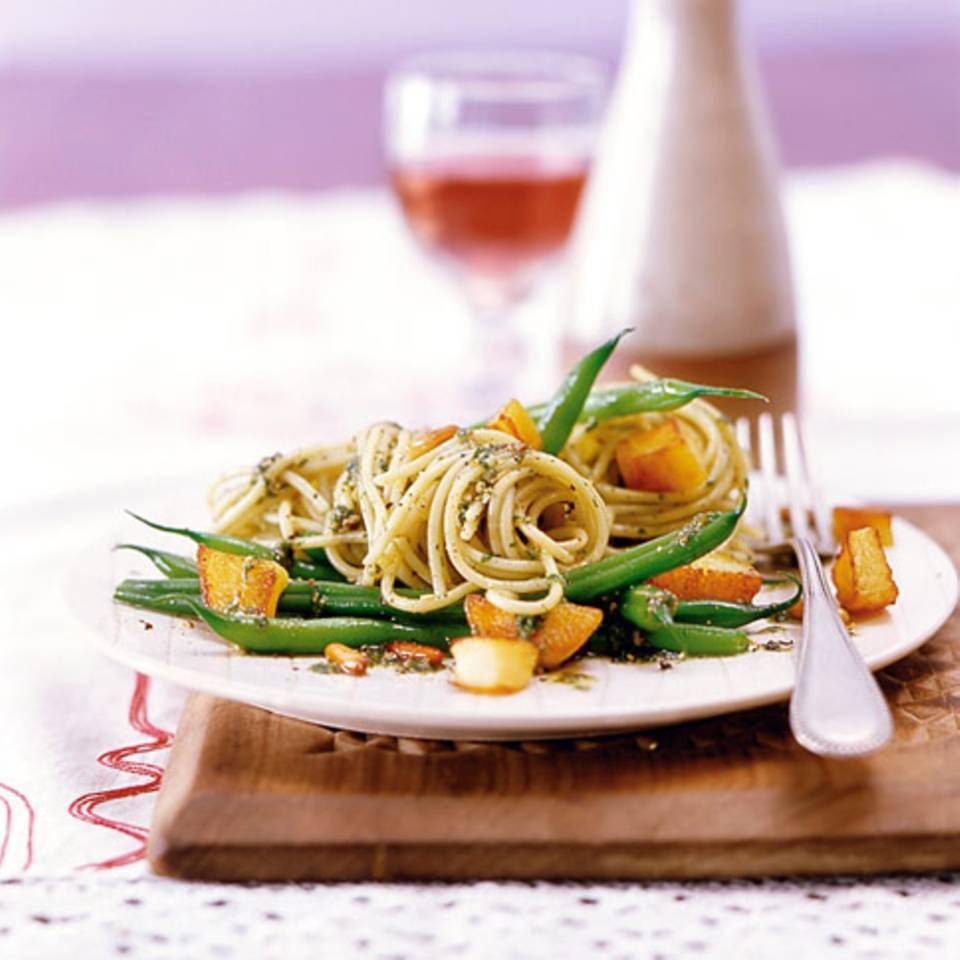Spaghetti mit Pesto und Kartoffeln Rezept