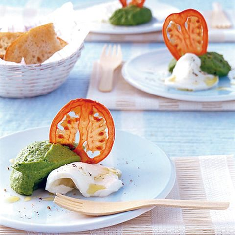 Mozzarella mit Basilikumpüree