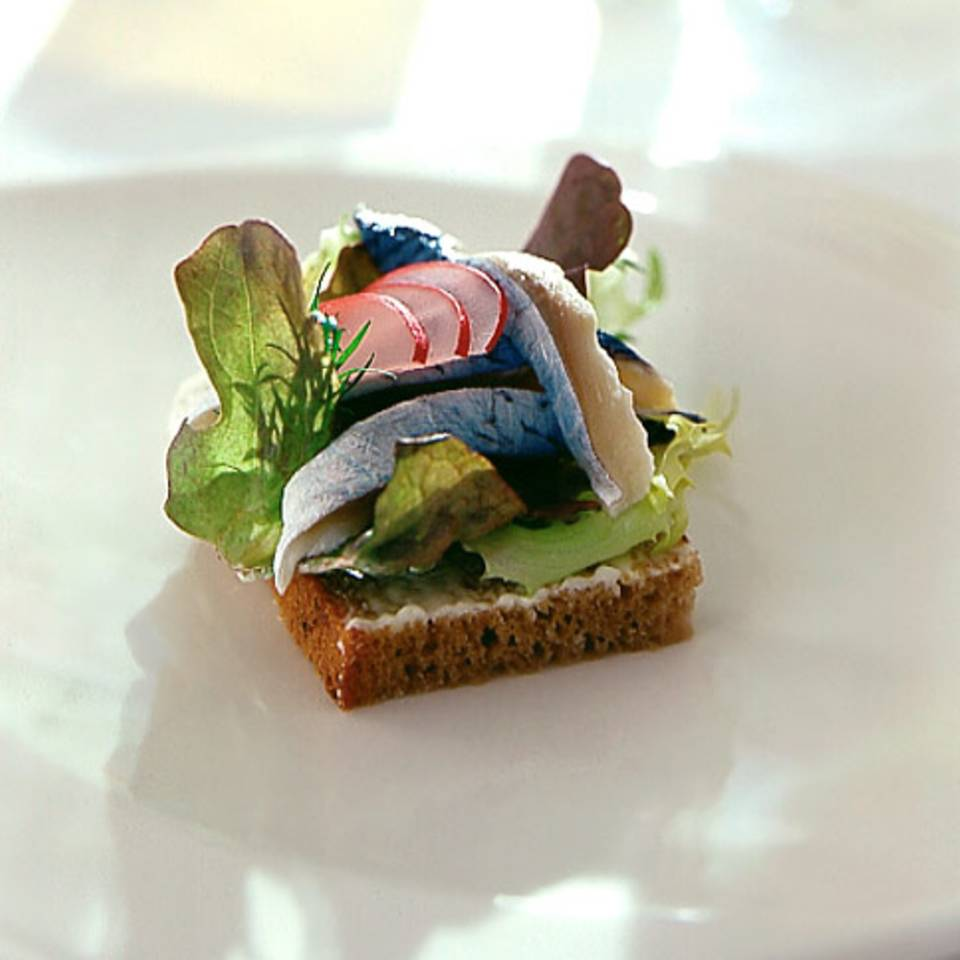Smörgås mit Bismarckhering Rezept